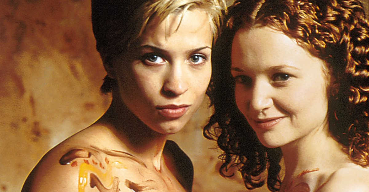 I'm watching every lesbian film ever made (Updates posted regularly)
